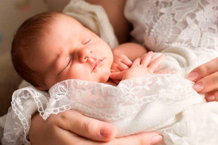 Бодрствование между сном и кормлением ребенка